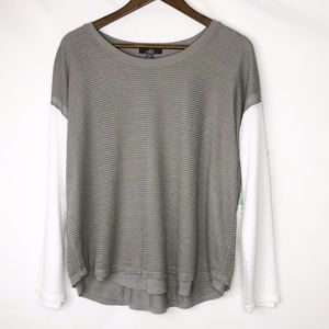 ALO YOGA Long Sleeve Gray/White Top NWT - Size S